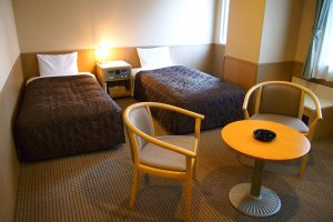 The Twin Deluxe room is comfortably spacious.