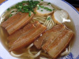 Mì soba 3 dải thịt hay còn là sanmai niku soba