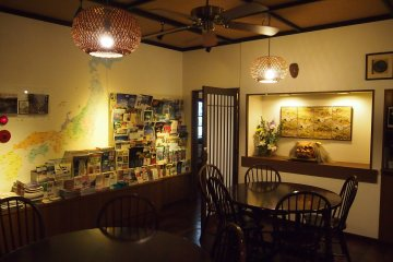 <p>Tons of information on travel within Tokyo and Japan are available near the dining area.&nbsp;</p>