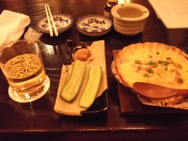 <p>Apple juice, pickles, kaiyakimiso</p>