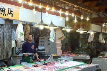 Fishmonger at Akita Citizens market one of the freshest fish markets north of Tsukiji