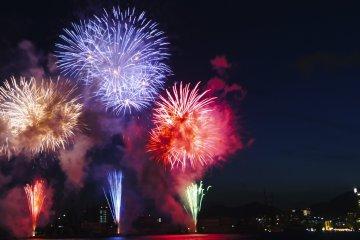 Minato Kobe Marine Fireworks Festival