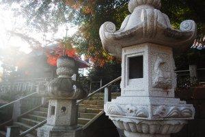 Shrine stone lamp.