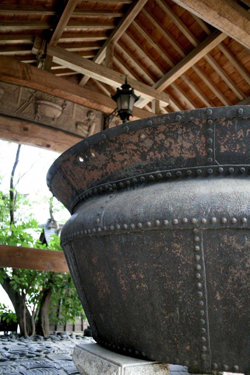 The beer cauldron