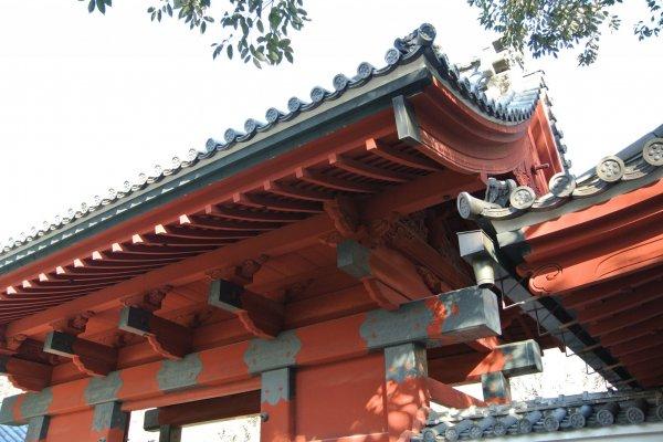 東京大学の有名な赤門