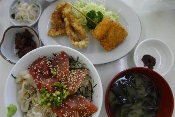 Surprisingly, Shibuki-tei always includes some other side dishes, such as two types of deep fried fish, a vegetable, miso dip, fermented squid, pickles, and miso soup.