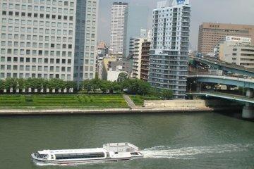 Sumida River sightseeing