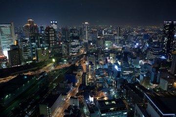 梅田スカイビル 展望台「空中庭園」