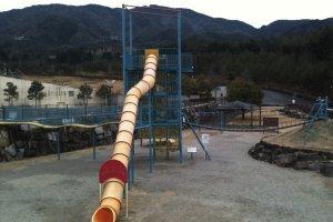 The mega climbing slide