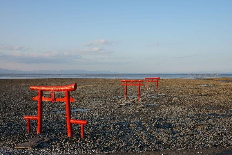 Oouo Shrine's three torii gates