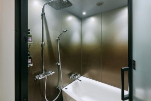 Every room is provided with a rain shower, Deluxe Twin and Superior Twin rooms contain a bath tub.